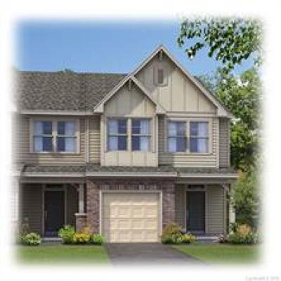 Condo/Townhouse For Sale: 15004 Savannah Hall Drive #Lot 82