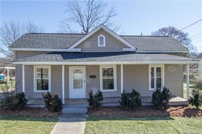 Mount Holly Single Family Home For Sale: 325 Highland Street