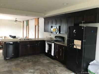 Single Family Home For Auction: 2090 Mesquite Lane