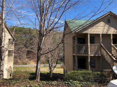 Brookside Forest, Firefly Cove, Lake Lure Village Resort, Laurel Lakes, Riverbend At Lake Lure, Rumbling Bald Resort, Sweetbriar Farms, The Peaks At Lake Lure, Twelve Mile Post, Vista At Bills Mountain Condo/Townhouse For Sale: 160 Whitney Boulevard #40
