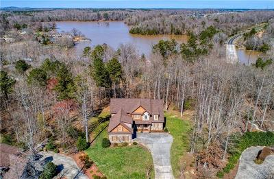 Lake Wylie Single Family Home For Sale: 394 Stone Cliff Lane