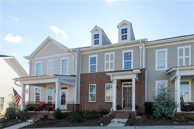 Mooresville Condo/Townhouse For Sale: 132D Morning Mist Lane