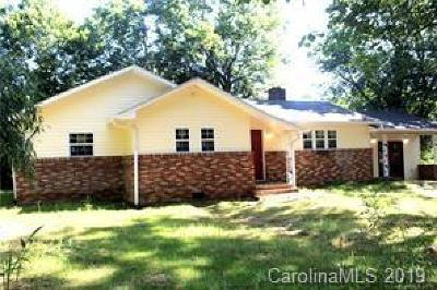 Shelby NC Single Family Home For Sale: $116,000