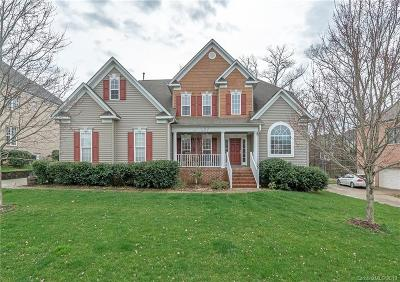 Huntersville Single Family Home For Sale: 522 Fairwoods Drive
