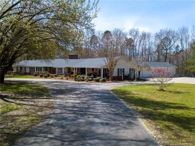 Waxhaw Single Family Home For Sale: 1018 Woodland Forest Drive