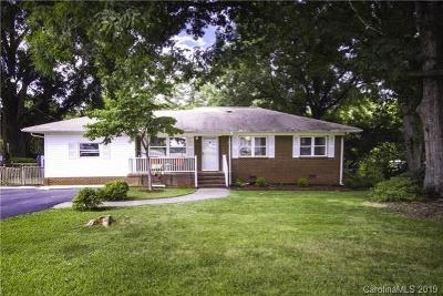 Charlotte Single Family Home For Sale: 6918 Tuckaseegee Road