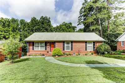 Charlotte Single Family Home For Sale: 6428 Candlewood Drive