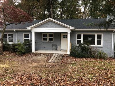 Charlotte Single Family Home For Sale: 6327 Woodland Circle