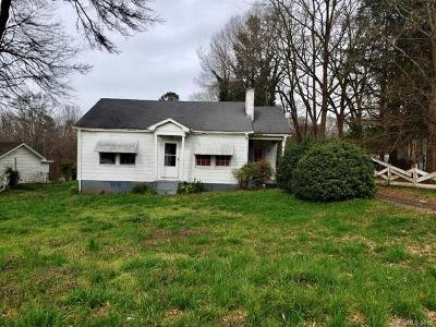 Shelby NC Single Family Home For Sale: $32,000