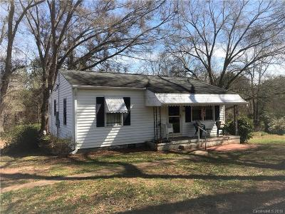 Mount Holly NC Single Family Home For Sale: $114,900
