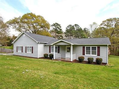 Single Family Home For Sale: 715 Farley Road