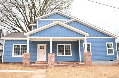 Charlotte Single Family Home For Sale: 209 Seldon Drive