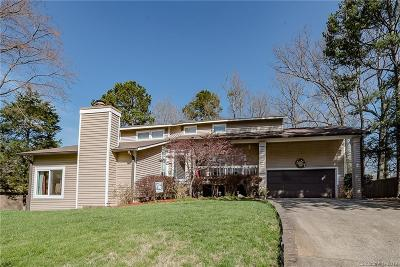 Single Family Home Under Contract-Show: 8703 Lorraine Drive