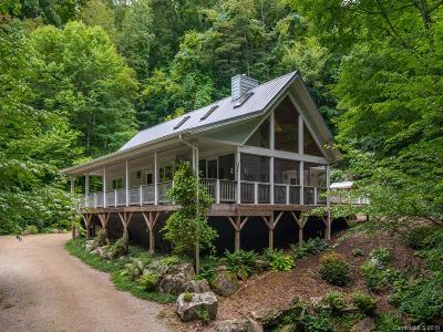 Waynesville Single Family Home For Sale: 283 The High Road