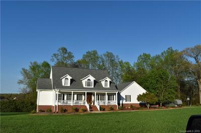 Statesville Single Family Home For Sale: 164 Dobbs Drive