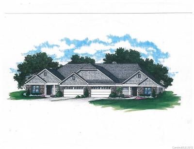 Charlotte Condo/Townhouse For Sale: 6605 Glenlivet Court