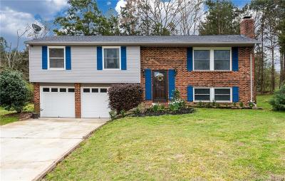 Single Family Home Under Contract-Show: 10017 Stoneleigh Lane