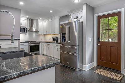 Mecklenburg County Single Family Home For Sale: 14800 Birnamwood Lane