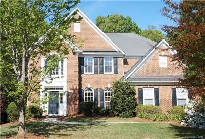 Matthews Single Family Home For Sale: 412 Willow Brook Drive