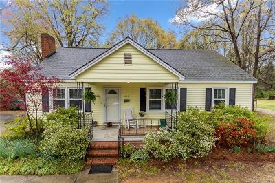 Single Family Home Under Contract-Show: 4343 Craig Avenue
