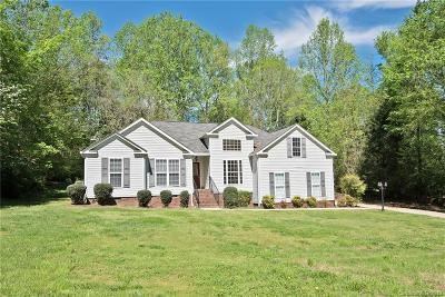 Mooresville Single Family Home For Sale: 129 English Hills Drive
