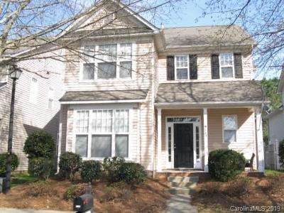 Single Family Home Under Contract-Show: 9113 Cinder Lane