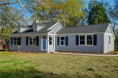 Charlotte Single Family Home For Sale: 2801 Cowles Road