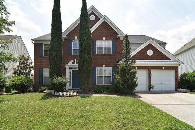 Charlotte Single Family Home For Sale: 2423 Red Birch Drive