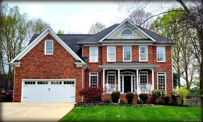 Single Family Home Under Contract-Show: 1287 Indigo Run Lane