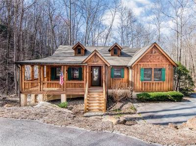 Jackson County Single Family Home For Sale: 220 Boulder Creek Lane