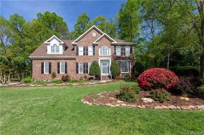 Matthews Single Family Home For Sale: 7107 Kidwelly Lane