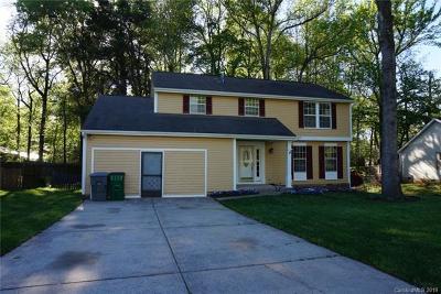 Charlotte Single Family Home For Sale: 4630 Marthas Ridge Drive