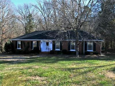 Charlotte Single Family Home For Sale: 301 Wilby Drive