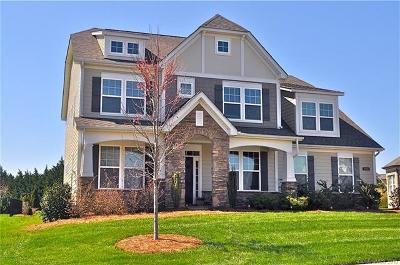 Skybrook North Parkside Single Family Home Under Contract-Show: 15141 Skypark Drive
