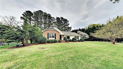 Gaston County Single Family Home For Sale: 3608 Golfview Drive