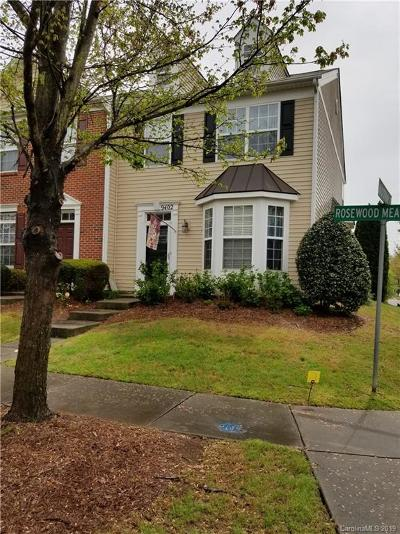 Huntersville Condo/Townhouse Under Contract-Show: 9402 Rosewood Meadow Lane #217