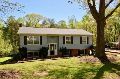 Catawba County Single Family Home For Sale: 1840 34th Street NE