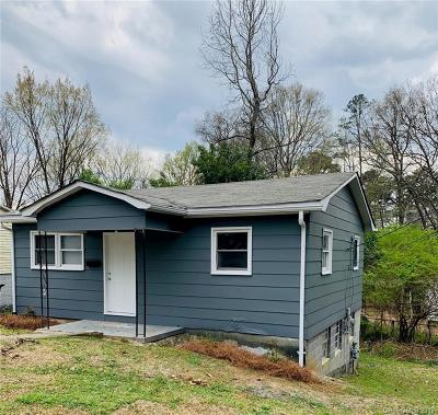 Concord Single Family Home For Sale: 382 Freedom Street SW