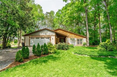 Charlotte Single Family Home For Sale: 7357 Elwood Drive