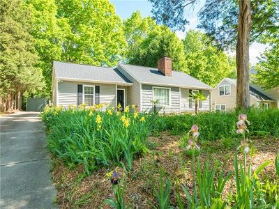 Single Family Home For Sale: 1207 Forest Wood Drive