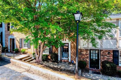 Park Place Condo/Townhouse Under Contract-Show: 4601 Hedgemore Drive #E