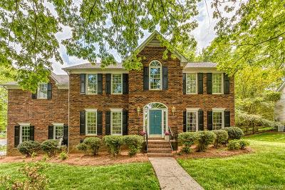 Charlotte Single Family Home For Sale: 4922 Derbyshire Drive