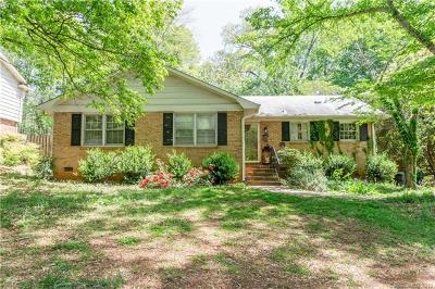 Starmount Single Family Home For Sale: 2021 Edgewater Drive
