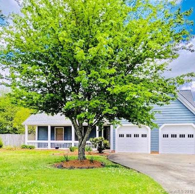 Yorkshire Single Family Home Under Contract-Show: 13501 Thicket Court