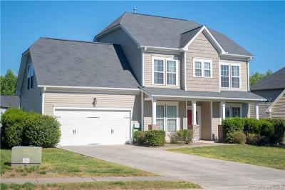 Charlotte Single Family Home For Auction: 6018 Berewick Commons Parkway