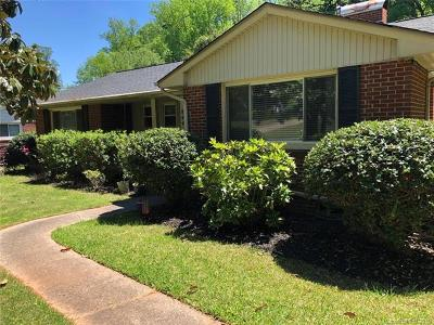 Charlotte Single Family Home For Sale: 844 Montford Drive