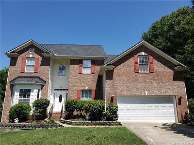 Matthews Single Family Home For Sale: 2403 Creek Court