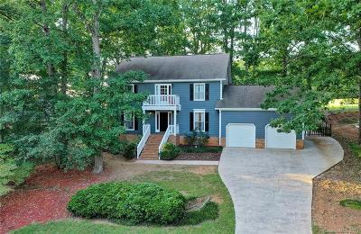 Single Family Home For Sale: 10024 Whitethorn Drive