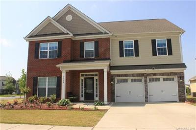 Matthews Single Family Home For Sale: 3724 Franklin Meadows Drive