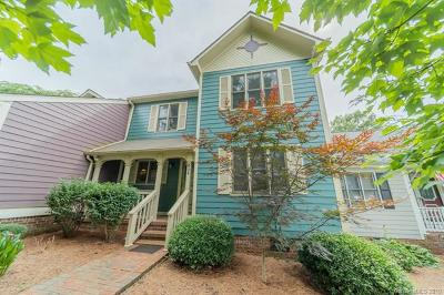 Statesville Condo/Townhouse For Sale: 404 Windsor Lane
